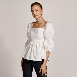 μπλούζα με τετράγωνη λαιμόκοψη και λάστιχο