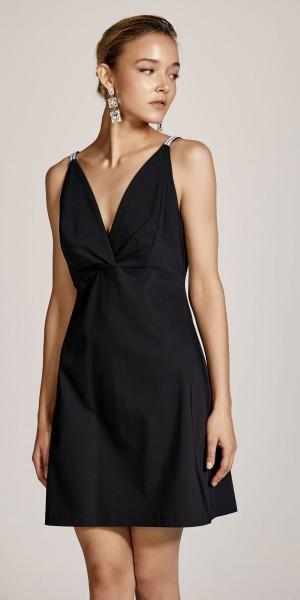 Μίνι φόρεμα με V λαιμόκοψη και στρας στις τιράντες